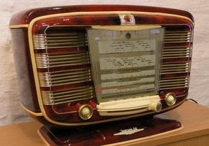 Исследование: Большинство киевлян слушают радио по 4,5 часа в день