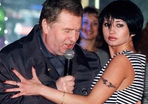 Жириновский хочет, чтоб песня в его исполнении звучала на московских вокзалах