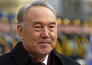 Назарбаев назначил дату досрочных выборов президента Казахстана