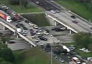 В США на шоссе произошло столкновение 47 автомобилей