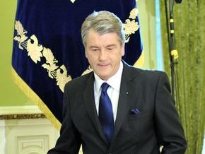 Ющенко встретится с ректорами вузов, а Тимошенко - с директорами школ