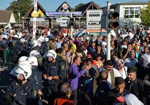 В Германии во время беспорядков на фестивале курдов ранения получили более 80 полицейских