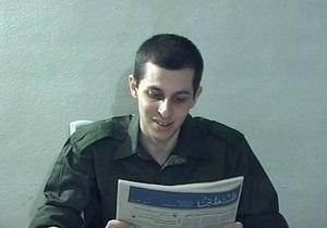 СМИ: Моссад хочет получить от Абу-Сиси информацию о Гиладе Шалите