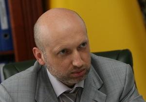 Турчинов назвал решение ЦИК о голосовании на дому  надругательством над законом