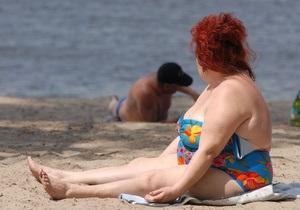 В Киеве купаться разрешили только на двух пляжах
