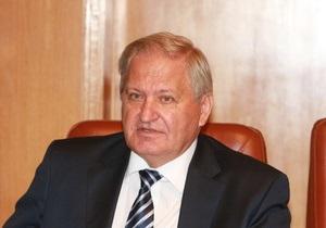 Янукович уволил Джигу и Тихонова