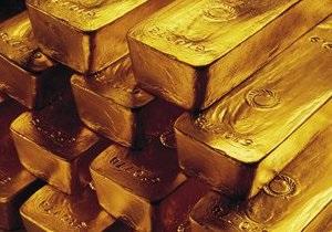 Золото обновило исторический максимум, достигнув отметки в $1709