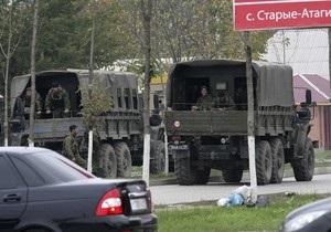 В Чечне в результате ДТП пострадали 16 полицейских