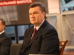 Янукович заявил, что никто, кроме Чорновила, из ПР не бежит