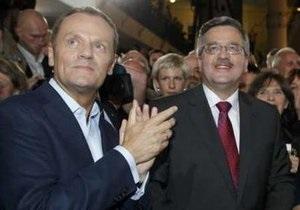 Выборы в Польше: Туск  с большим облегчением  узнал о лидерстве Коморовского