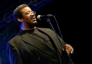 В Киеве выступит известный джазовый вокалист Кевин Махогани