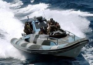 В Греции задержали 11 российских моряков, подозреваемых в контрабанде 4 млн пачек сигарет