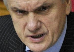 Литвин заявил, что залу заседаний Рады нанесен ущерб на сумму 100 тысяч гривен