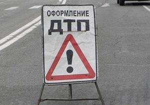 В России в лобовом столкновении двух автомобилей погибли восемь человек