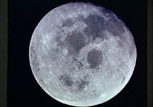Ученые: На поверхности Луны воды в сотни раз больше, чем предполагалось