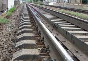 В Киеве мужчина погиб под колесами поезда