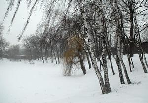 Непогода в Украине: В семи областях остаются обесточенными 335 населенных пунктов