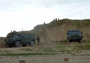 Американские военные в Афганистане распугивают талибов и местных жителей громкой музыкой
