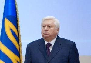 Генпрокурор наградил грамотой своего сына-регионала