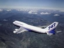 Боинг-747 попал в зону турбулентности: пострадали 9 человек