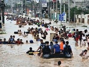 Число жертв наводнения на Филиппинах превысило 70 человек