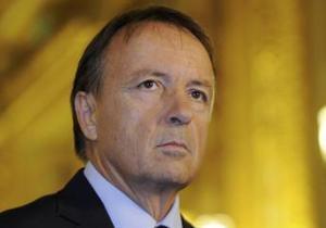 Впервые в истории Пятой республики главой французского Сената избран оппозиционер