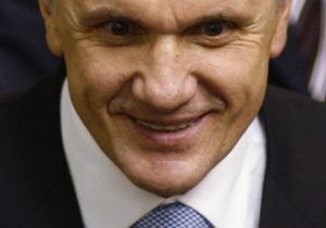СМИ: Литвин на собрании регионалов сорвал аплодисменты и вызвал смех
