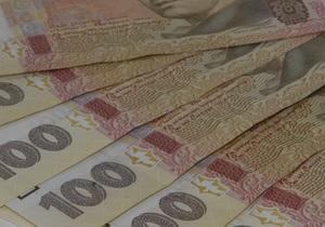 В Киеве неизвестные отобрали у мужчины барсетку со 100 тыс грн