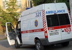 Житель Винницы выпал из окна пятого этажа и выжил