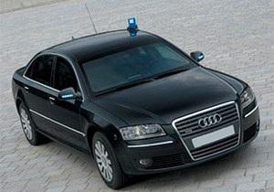 Дело: Фонд госимущества решил обойти запрет Азарова на покупку VIP-авто