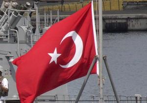 Семерых украинцев эвакуировали из Ливии на турецком пароме