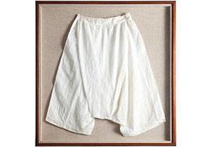 В Шотландии на аукцион выставят панталоны королевы Виктории