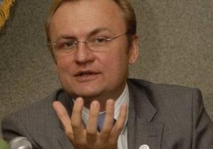 Мэр Львова назвал провокацией намерение Русского единства пройти маршем по центру города