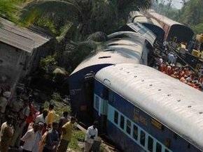 В  Индии сошел с рельсов скорый поезд: пять человек погибли