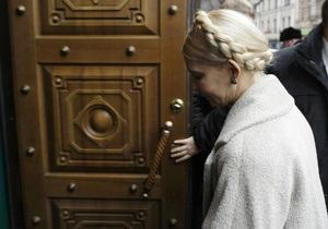 Восемь часов в ГПУ: Тимошенко просила прервать допрос, но ей отказали
