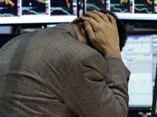 Российские рынки упали до годового минимума