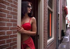КП: В связи с учениями Си Бриз в Одессу съезжаются проститутки. Морякам запретили носить больше $100