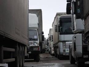Фуры заблокировали въезды во Львов