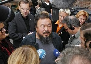 Власти Китая приказали Ай Вэйвэю отключить вебкамеры