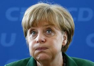 Меркель приедет в Киев на финал с Германией - СМИ