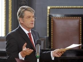 Ющенко уверен, что Украине дефолт не грозит