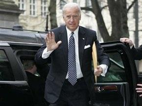 Вице-президент США прибыл в Ирак с трехдневным необъявленным визитом