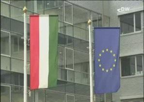 Венгры протестуют против попыток выхолостить демократию