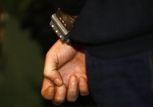 В Киеве задержали чиновника при получении $6,5 тысяч взятки
