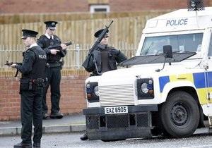 В Северной Ирландии из-за угрозы взрыва были эвакуированы ученики двух школ