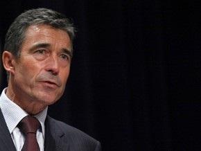Расмуссен: НАТО не давало России зеленого света для активизации действий в Крыму