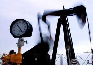 Нефть продолжает дешеветь из-за долгового кризиса в ЕС