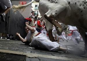 Фотогалерея: Быка за рога. В Испании проходит легендарный фестиваль Сан-Фермин