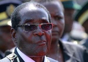Мугабе предложил противникам покончить с собой