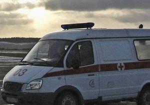 В Харькове во время соревнований по автотреку автомобиль врезался в зрителей